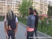 Уговорили русскую на групповой секс