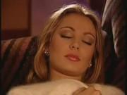 Секс ебу маму когда спит папа